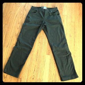 Army Green Mountain Hardwear pants 30 x 32